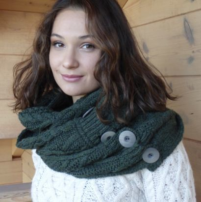 "Femme New snood ""super soft merino wool"""